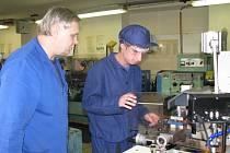 Při studiu na Centru odborné přípravy technické v Kroměříži vykonávají učni i povinnou praxi ve škole.