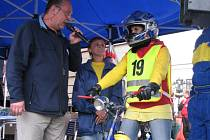 V pátek 19. června 2009 odstartovala na Velkém náměstí v Kroměříži tradiční sportovní soutěž 24 kol kol Kroměříže.