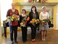Holešovská radnice ocenila při příležitosti Dne učitelů vybrané pedagogy.