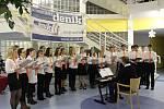 Česko zpívá koledy v Domově pro seniory v Kroměříži