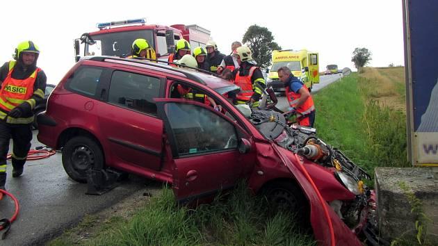 Autonehoda u obce Horní Lapač
