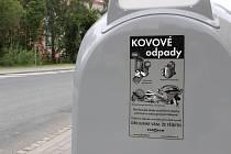 Kontejnery na kovový odpad. Ilustrační foto
