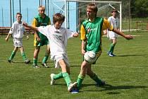 Především v nejmladších kategoriích odehrají nejmenší fotbalisté své první mistrovské zápasy.