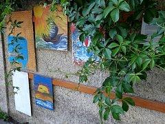 V Holešově mají galerii pod širým nebem