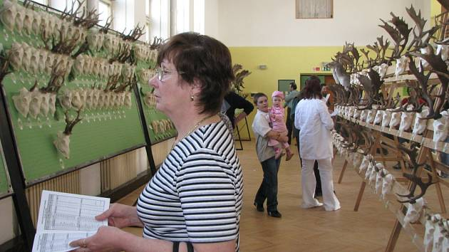 V kulturním domě v Záříčí se o uplynulém víkendu konala přehlídka mysliveckých trofejí