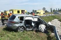 Deset zraněných si vyžádala křižovatka smrti u Bezměrova