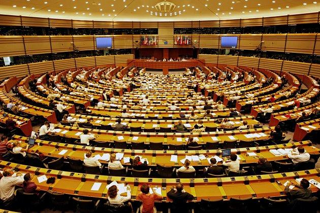 Hlavní budova evropského parlamentu v Bruselu.