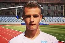 Dvacetiletý křídelník Milan Moravec, který pochází ze Znojma, rozhodl sváteční utkání Kroměříže v Hodoníně.