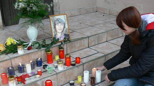 Uctění památky tragicky zemřelého kamaráda.
