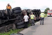Nehoda tahače mezi Chropyní a Kyselovicemi