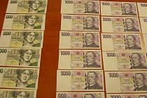 Muž z Kroměříže nahradil úspory své matky, které prohrál v automatech, padělky zhotovenými na kopírce v práci.