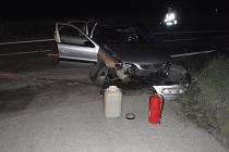 U Jarohněvic skončilo auto v příkopě, zranil se přitom spolujezdec
