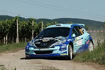 Bude modrý Peugeot bratrské dvojice Odložilíků v nabité konkurenci úspěšný?