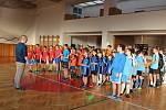 O POHÁR STAROSTY. Studenti holešovských škol se utkali v různých sportovních disciplínách O pohár starosty města.