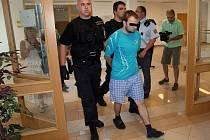Mladík je už více než čtvrt roku ve vazební věznici. Zde bude až do doby, než soud rozhodne o jeho případeném trestu