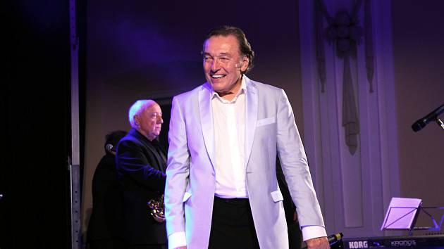 Koncert Karla Gotta v Holešově v roce 2012