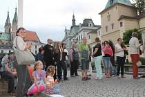 Biskupští Manové si i na tyto prázdniny připravili v Kroměříži komentované prohlídky městem. Každý pátek provedou návštěvníky zajímavými zákoutími města a to vše v doprovododu dobově oblečených průvodců.