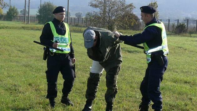 Den s policií.