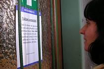 Výdejna lístků Českých drah ve Zdounkách je od soboty 14. června 2009 uzavřena.