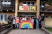Studenti z Gruzie, Rumunska a České republiky zavítali během uplynulého týdne na mezinárodní setkání do Hostýnských vrchů.