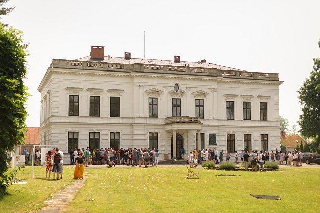 Interní oslavy založení závodu TON vBystřici pod Hostýnem před 160lety.