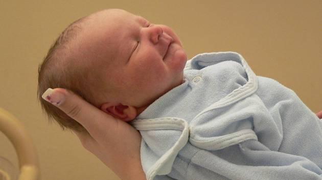 Matouš Kunovský ,narozen 12.1.2009 ,porodní míry: 3,2kg a 51 cm