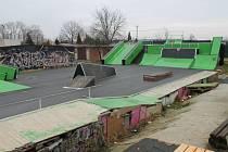 Skatepark v Kroměříži hyzdí výkaly.