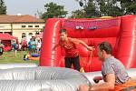 V Kroměříži na Pionýrské louce se konal zábavný den plný sportovních atrakcí na téma Drtivá porážka.