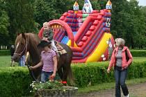 Den pro rodinu v zámeckém parku v Holešově