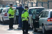 Během pátečního dopoledne se zaměřila hlídka kroměřížských strážníků na dodržování rychlosti v obci. V ulici Havlíčkova v Kroměříži pokutovali sedm řidičů. Nejvyšší naměřená rychlost byla třiasedmdesát kilometrů v hodině.