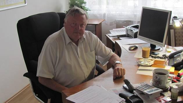 Současný ředitel Kroměřížských technických služeb Pavel Suchánek odchází do důchodu.