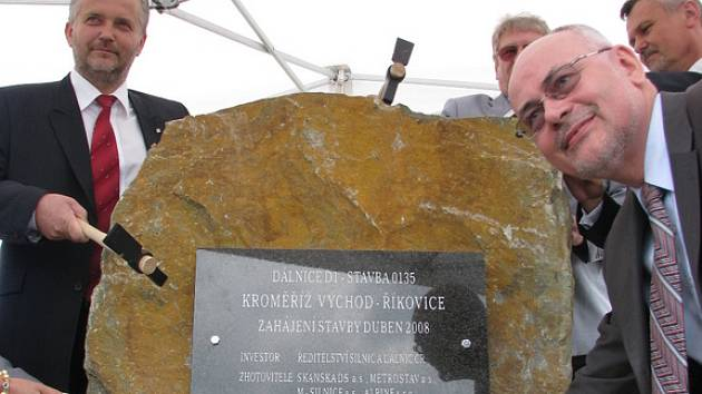 Ve čtvrtek 12. června odstartovala stavba dálnice z Kroměříže do Říkovic.