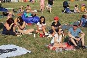 POHODOVÝ FESTIVAL. Příjemná hudba, občerstvení a plno atrakcí, to byl letošní ročník rodinného festivalu Kromfest.