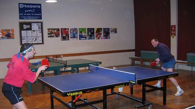 Dalším kolem pokračoval okresní přebor stolních tenistů.