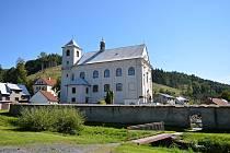 Vesnička Rajnochovice s 533 obyvateli leží na úpatí Hostýnsko-vsetínské vrchoviny. Na snímku z 6. září 2021.