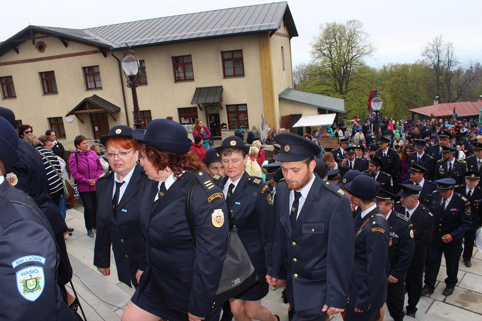 26. mezinárodní hasičská pouť s účastí arcibiskupa Jana Graubnera na Svatém Hostýně
