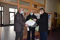 Byl předán dar pro záchranáře ZZS ZK oblast Kroměříž.