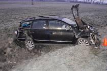 Po čtvrté hodině ranní havaroval v kroměřížské místní části Bílany poslední březnovou sobotu řidič volkswagenu.