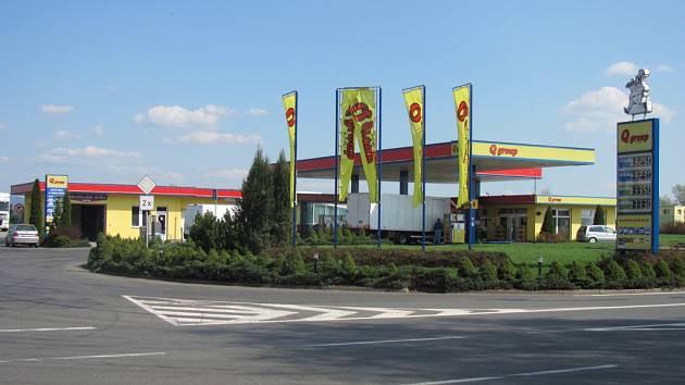 Břestská benzínová čerpací stanice Q group čelí problémům kvůli nekvalitním pohonným hmotám.