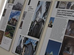 Holešovský zámek nabízí výstavu Antonína a Vladimíra Fisherových známých stavitelů, kteří ve městě působili.