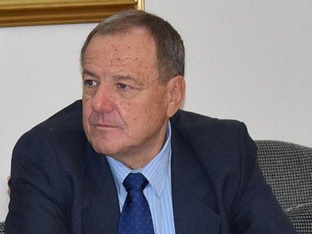 Novým zastupitelem v Kroměříži se stal Jaroslav Procházka z KSČM, který nahradil stranickou kolegyni Kamilu Dudovou: ta v září na svůj mandát rezignovala.