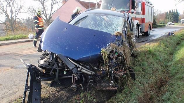 Dopravní nehoda u Věžek.