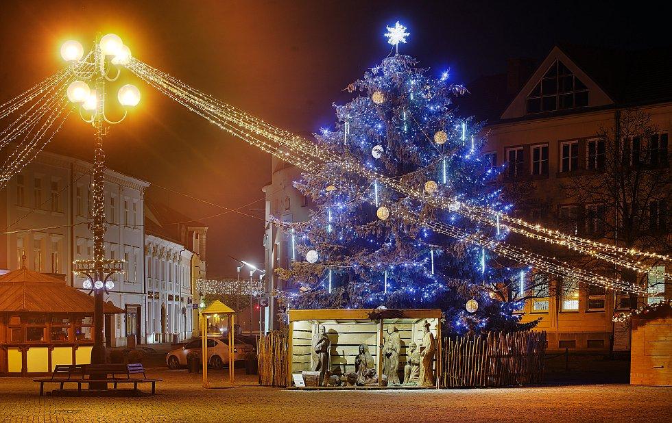 Vánoční strom 2020 v Uherském Hradišti.