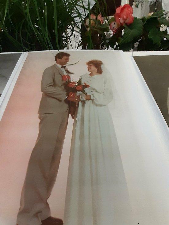 Přehlídka svatebních šatů, kytic a doplňků v Žeranovicích