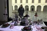 Výstava na holešovském zámku Jaro v krajce