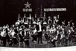 KONZERVATOŘ P. J. VEJVANOVSKÉHO KROMĚŘÍŽ, V roce 1976 se orchestr konzervatoře účastnil prestižní soutěže v Berlíně. Před odjezdem jej čekaly dva koncerty, kde se měla ověřit jeho interpretační úroveň.