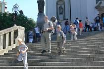 Slavnostní neděle na Svatém Hostýně se zúčastnilo na tisíce poutníků.