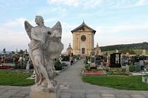 Barokní hřbitov ve Střílkách. Ilustrační foto.