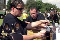 V Záhlinicích v sobotu 14. srpna 2010 v areálu bývalého pivovaru a sladoven otevřeli dva zrekonstruované sklepy. V Záhlinicích zároveň slavili obecní hody.