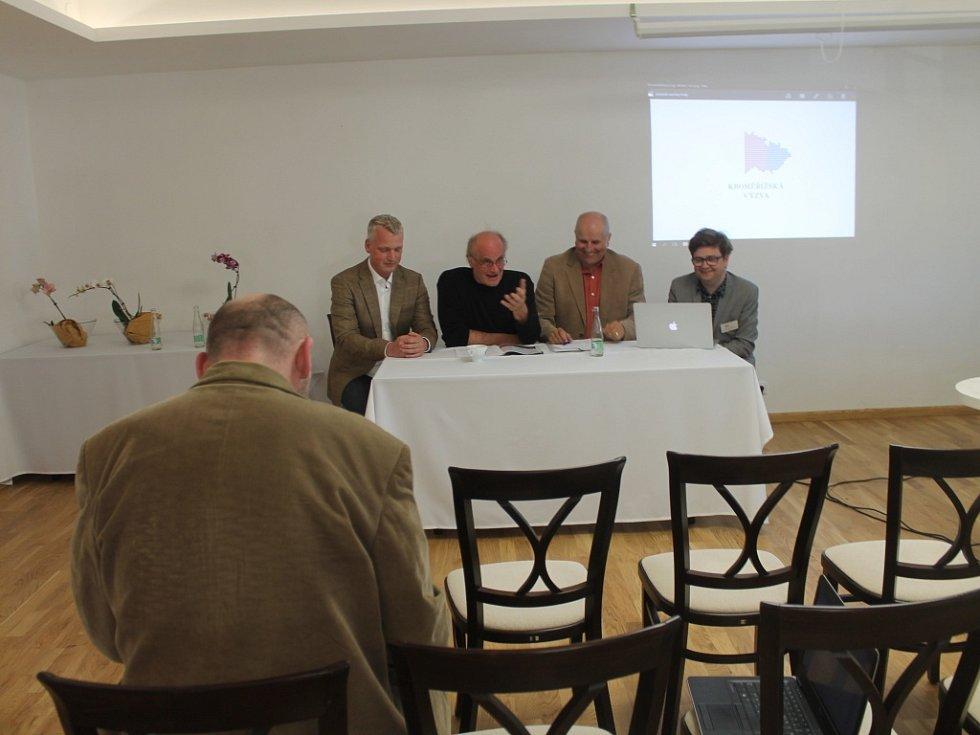 Organizátoři Kroměřížské výzvy v sobotu na tiskové konferenci představili společnou strategii pro nadcházející prezidentskou kampaň pro rok 2017 a 2018.